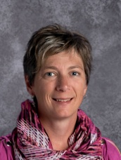 Photo of Principal Heather Pennie